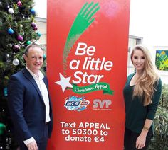 Neill ORourke Sales Operations Manager with @lidlireland popped into @tforteresanne this morning to hand over 500 euro worth of vouchers for the VIP Auction which takes place on air this Thursday. See christmasappeal.ie for the full list of items! #BeALittleStar #wlrfm #waterford #lidl #lidlireland #christmasappeal #svpireland #SVP #GiveWhereYouLive