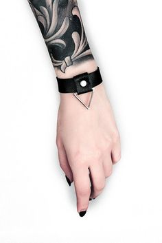 ARWEN bracelet Genuine black leather Wrist bracelet for