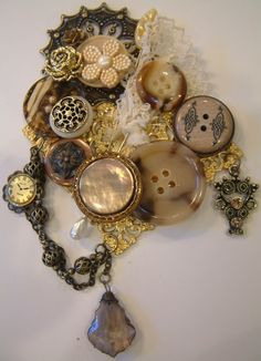 Gingersnap Creations: Laura Carson: Making a Vintage Button Brooch