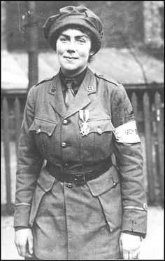 http://fany.org.uk/public/FANY_WW1_Overview_Pdf.pdf | WWI | FANY (PRVC) - Princess Royal's Volunteer Corps Possibly Muriel Thompson with her Leopold ll medal. The first public recognition of the Corps