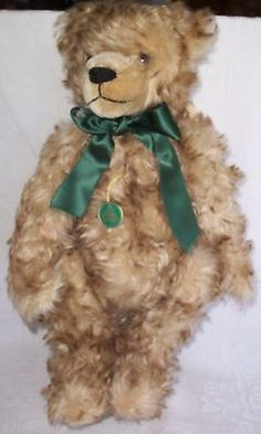 I have this wonderful bear & indeed got mine on my birthday....so much more handsome in person. Hermann Mohair Bear Classic Birthday Bear // Photo via Ebay