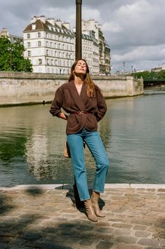 Parisian Style Fashion, Uñas Fashion, Fashion Week, Paris Fashion, Paris Style, Cozy Fashion, Fashion 2020, Denim Fashion, Jeanne Damas