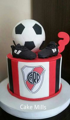 River Plate Cake Soccer Cake, Soccer Party, Royalty Baby Shower, Food And Drink, Birthday, Party, Football Sugar Cookies, Football Birthday Cakes, Cake Designs