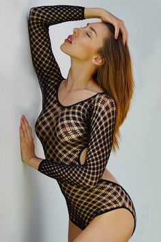Passion for bodysuit.... - Alisa looking really amazing here. Was a pleasure to work with her in Thailand...