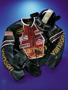 """Riding a vintage bike with the vintage leather jacket look – Vanson has it. Heading for a track day or just cruising and you need that """"Biker"""" look, we can take you back. Vintage Leather Motorcycle Jacket, Motorcycle Outfit, Sportster Cafe Racer, Motorbike Jackets, Cafe Racer Style, Burberry Men, Gucci Men, Designer Suits For Men, Cool Jackets"""