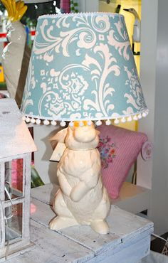 Beach Vintage: Project Day : Bunny Lamps