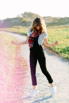 stripes and plaid – A House in the Hills Black Overalls Outfit, Denim Outfit, Pretty Outfits, Cool Outfits, Fashion Outfits, Womens Fashion, Spring Summer Fashion, Autumn Winter Fashion, Moda Femenina