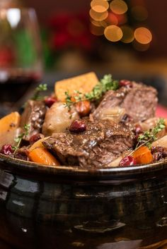 Slow cooker holiday pot roast from everyday good thinking, the official blo Pot Roast Recipes, Easy Chicken Recipes, Easy Dinner Recipes, Slow Cooker Recipes, Healthy Dinner Recipes, Beef Recipes, Cooking Recipes, Crockpot Meals, Dinner Ideas