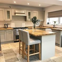 Feels So Good To Have A Tidy Kitchen After A Week Of Christmas Chaos! Happy  New Year To All Have A Good One #kitchen #shakerkitchen #countrykitchen ...