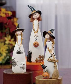 3 pc friendly witch figurine set table top accent fall autumn halloween decoration cat hug mug coaster Halloween Tisch, Table Halloween, Halloween Home Decor, Halloween Crafts, Halloween Decorations, Halloween Witches, Fall Decorations, Decoration Party, Halloween 2015