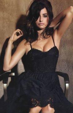 theachinglybeautiful: Penelope Cruz