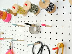 Teawagontales: Peg board tutorial...