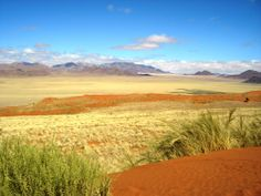 AfroZapping - Safaris and Tour Operator Pictures To Paint, Art Pictures, Land Of The Brave, Namibia, Desert Landscape, Out Of Africa, Tour Operator, Africa Travel, Countries Of The World