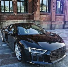 Audi R8 - a bit flashy, but so what. I love it and I can dream..!