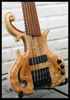 Auxan Headless 6-String Bass