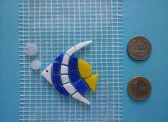 Precut mosaic Angel Fish With Bubbles  Micro di Crazy4Mosaics