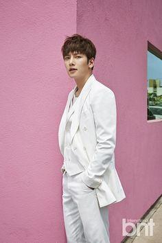 LA is Hotter with Sizzling Ji Chang Wook for One Korea / BNT International Ji Chang Wook Smile, Ji Chan Wook, Kimchi, Korean Star, Korean Men, Asian Actors, Korean Actors, Ji Chang Wook Photoshoot, Empress Ki