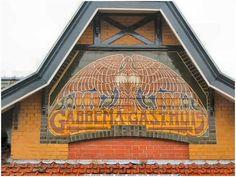 Art Nouveau, Art Deco, Z Arts, Crazy People, Facades, Architecture Art, Liberty, Dreams, Building