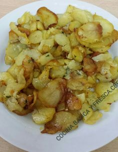 PATATAS ROTAS CON AJO PEREJIL Y CEBOLLA CBF @ Italian Recipes, Mexican Food Recipes, Real Food Recipes, Diet Recipes, Healthy Recipes, Ethnic Recipes, Potato Recipes, Vegetable Recipes, Yummy Veggie