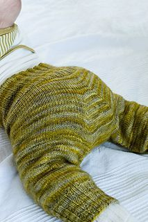 Baby Knitting Patterns Ravelry Knitting instruction Hosenmatz for babies Baby Knitting Patterns, Knitting For Kids, Knitting For Beginners, Crochet For Kids, Baby Patterns, Free Knitting, Crochet Patterns, Crochet Baby Mittens, Pull Bebe