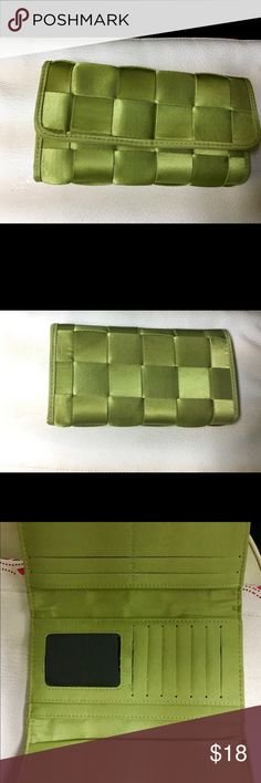"""Seatbelt Wallet Lime green Wallet made from seatbelt material. Water proof and basically indestructible!  I Don't know if this is the """"Original Harvey's brand, as I didn't see a label.  But it is the same material.  There is also a checkbook cover that can be used or pulled out .  There is no coin section.  This Wallet will last FOREVER.  Very heavy duty. Great color for spring. Bags Wallets"""