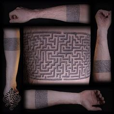 16 Mind-Blowing Maze Tattoos | Tattoodo.com