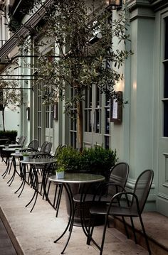 restaurant curb appeal....I like the menu shadow box outside