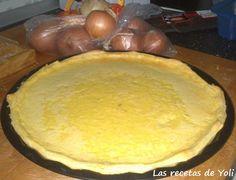 Tarta de cebolla. http://lasrecetasdeyoli.blogspot.com.es/2012/11/tarta-de-cebolla.html