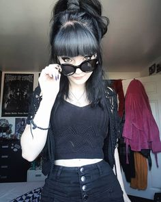 In the fountains pink champagne, someone carving their devotion 🍹 . Goth Beauty, Dark Beauty, Dark Fashion, Gothic Fashion, Hot Goth Girls, Cute Goth Girl, Emo Girls, Casual Goth, Gothic Models