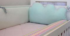 Enxovalzinho da princesinha Beatriz! Com uma delicadeza de tirar o fôlego! Todo trabalho em tons de verde água e rosa. ❤😻☁☁ **** Mamãe Manoella, muito obrigada por ter nos escolhido para fazer parte desse momento incrível na vida de vocês!  #enxoval #enxovaldemenina #enxovaldebebe #kitberço #maedemenina #maedeprincesa #maternidade #maternity #maternidadereal #decor #decorababyateliê #decorababy #decorations #decorate #roomgirl #room #roomdecor #babyroom #babydecor #babygirl #baby #nuvem…