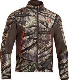 The Under Armour Ayton 300-wt. performance fleece jacket has a quiet and durable 7.5-oz. bonded polyester, hard-face fleece shell. Storm durable water-repellent finish and high-pile Sherpa-fleece lining form an impenetrable barrier to wind, water and stains.