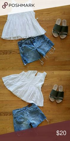 Madewell cut off shorts Good condition! Essential for summer! madewell  Shorts Jean Shorts