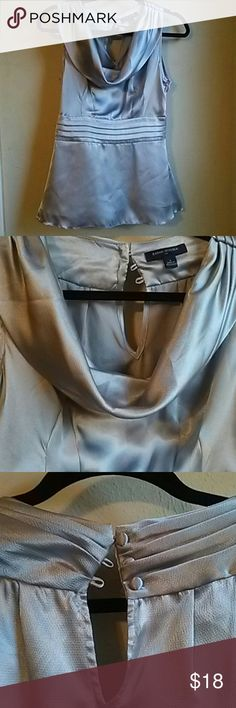 Silky top 100% polyester so silky like new side zipper Banana Republic Tops Blouses
