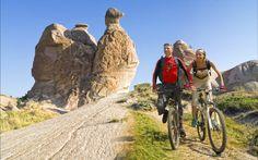 Cycling between the caves of Kapadokya is adventurious.