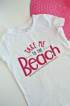 DIY Take Me to the Beach Shirt made with the Cricut machine Myrtle Beach Condos, Myrtle Beach Vacation, Diy Crafts For Gifts, Easy Diy Crafts, Cricut Tutorials, Cricut Ideas, Iron On Vinyl, Beach Shirts, Vinyl Crafts