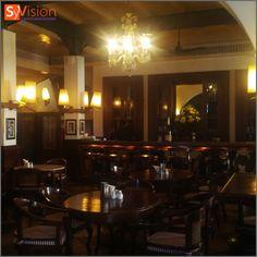 Café Batavia, restaurant historique très connu de la ville de Jakarta. http://www.syvision.net/formation-interculturelle-indonesie.html