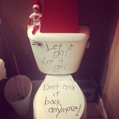 Elf on the shelf Frozen toilet