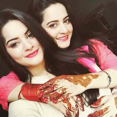 Pakistani actresses twin sisters manal n anam