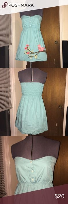 """Judith March summer dress Strapless cotton with floral and bird details! Has elastic back. Good used condition. No holes or stains. Buttons are fake. Approx length 25"""" Judith March Dresses Strapless"""