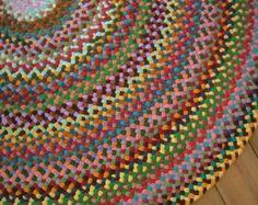 Das Bild in diesem Angebot ist ein Beispiel eines Teppichs habe ich für einen Kunden. Sie erhalten keine dieser Teppich, wenn Sie dieses Angebot kaufen. Kontaktieren Sie mich bitte vor dem Kauf dieses Angebot um die Größe, Farbe, zu diskutieren oder um sicherzustellen, ich kann machen, was Sie suchen. Dieser geflochtenen Teppich ist schön und erinnert mich an meine Petunie Bett! Der Teppich ist eigentlich mehr dann atemberaubend, was könnte ich in Bilder zu erfassen. Es ist 36 über und wird…