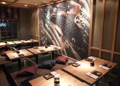 (eat) Dozo Sushi @ soho >> great japanese restaurant >> 32 Old Compton Street, Soho, /// Tel: 020 7434 3219 Japanese Restaurant Interior, Japanese Interior, Cafe Interior, Modern Interior, Interior Architecture, Restaurant Interiors, Mural Cafe, Soho Restaurants, Japanese Bar