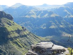 Drakensberg Mts - Monk's Cowl