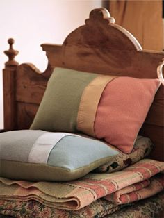 Make cushion covers from blankets // Country Living
