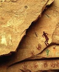 site is often referred to as Quail Panel due to the painting of a quail, complete with a topknot and a green and brown eye. Art Rupestre, Statues, Cave Drawings, Ancient Artifacts, Ancient Mysteries, Ancient Aliens, Aboriginal Art, Native American Art, Tribal Art