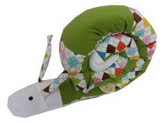 """""""Polly"""" die Puckschnecke Lagerungskissen Nestchen von Me Kinderkleidung auf DaWanda.com"""