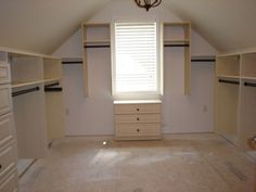 Walk-In Closet, Classic System in Almond