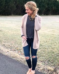 Happy Thursday, friends!!😃 Comfy casual today in my fav $10 striped tee! This lightweight cardi comes in multiple colors and will be perfect for transitioning into spring!💕 Have a great night, y'all!! Don't forget to follow me in the @liketoknow.it app to easily shop my looks! http://liketk.it/2unAE #liketkit
