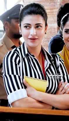 South Actress, South Indian Actress, Beautiful Bollywood Actress, Beautiful Indian Actress, Shruti Hassan Wallpapers, Hassan 2, Ileana D'cruz Hot, Shruti Hasan, Actress Anushka