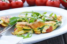 Ein wunderbare leckeres Eierspeis Rezept mit Rucola und Feta ist leicht, lecker und auch variabel.