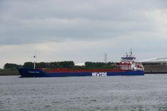 http://koopvaardij.blogspot.nl/2017/05/5-mei-2017-uitgaand-op-de-nieuwe.html    FRISIAN SEA  Bouwjaar 2014 imonummer 9534547, grt 4244  Beheer Boomsma Shipping B.V., Sneek